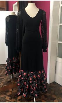 Falda Negra c/3 Volantes Lunares y Flores