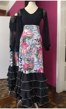 White Floral 4 Black Ruffles Long-Skirt