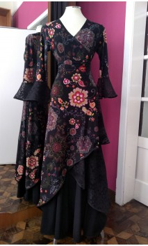 Floral Black Skirt & Blouse Set w/Lace