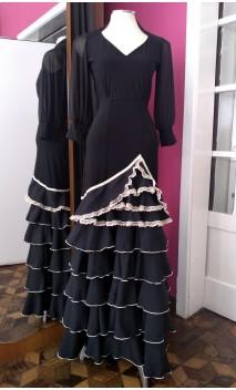 Falda Negra 6 Volantes con Detalles Beige