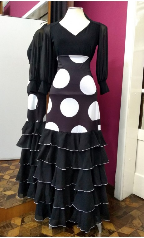 Black Long-Skirt w/Polka-dots 5 Chiffon Ruffles