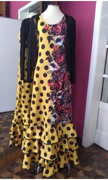 Vestido Amarelo c/Bolas e Flores 3 Babados