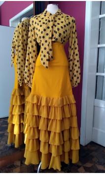 Conjunto Falda y Camisa 6 Volantes Mostaza