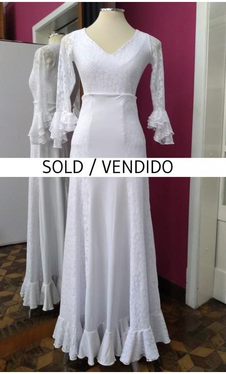White Lace Top & Long-Skirt Set