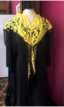 Mantoncillo de Encajes Amarillo con flecos 20 cm