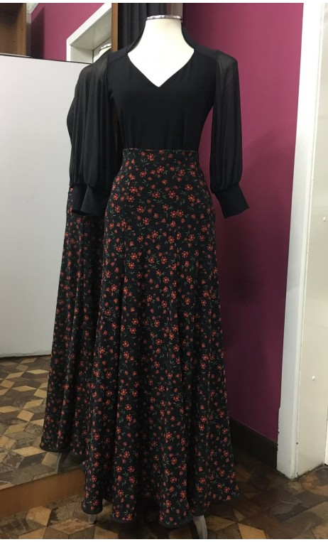 Godet Black Long-Skirt w/Small Flowers