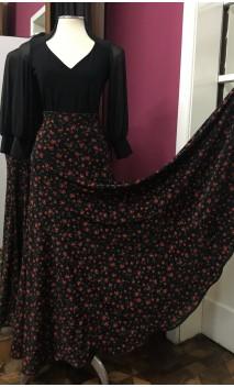 Godet Black Long-Skirt w/Small Flowers