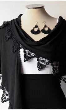Conjunto Negro de Mantoncillo y Pendientes