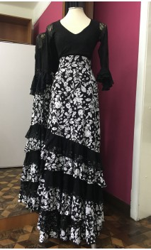 Black & White Floral 6 Ruffles Long-Skirt