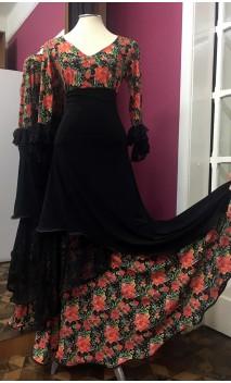 Conjunto Flamenco Saia e Blusa Preto Floral c/Renda