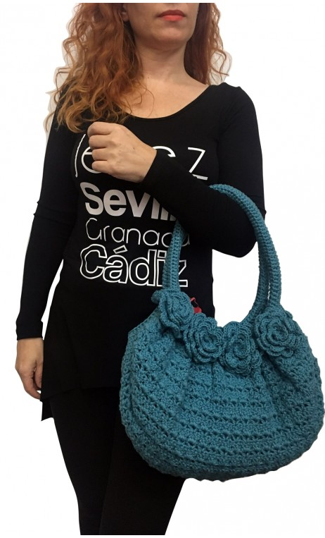 Bolso en Crochet Azul con Flores Aplicadas