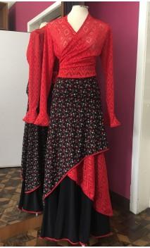 Conjunto Flamenco Saia Preta Floral e Bolero Vermelho