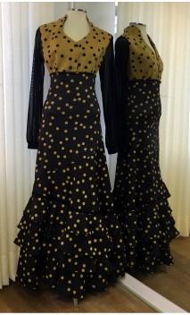 Conjunto Flamenco Preto com Bolas Mostarda Camisa e Saia